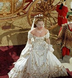 Romy Schneider Queen of Hungary 1867 Princesa Sissi, Romy Schneider Sissi, Pretty Dresses, Beautiful Dresses, Pin Up Retro, Empress Sissi, Princess Aesthetic, Rock Chic, Fantasy Dress