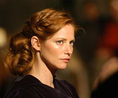 Picture of Sienna Guillory Sienna Guillory, Most Beautiful People, Beautiful Redhead, Red Hair Woman, Strawberry Blonde Hair, Hottest Redheads, Portraits, Women In History, Fashion Pictures