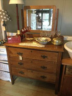 Dresser with mirror, chest dresser find heyjudes antiques barn - on Facebook - R2999 Chest Dresser, Dresser With Mirror, Sunday Special, Barn, Facebook, Antiques, Wood, Home Decor, Antiquities