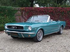 Vente voiture ancienne de collection : Ford Mustang 289 V8 Convertible in great original condition - Petite annonce véhicule et automobile