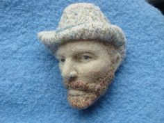 Have you ever seen like this? I made a van gogh painting to 3D I used needle felting technique . The part of a hat and beard are embroidered with wool yarn.  I will send you it in the wood box so you can decorate and enjoy it  brooch size approx H6.5 X W5.5cms (2.5H X2W) wood box size H9.5 X W8.0 X D4.0cms (4H X 3W X 1 1/2D)