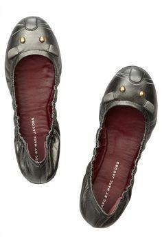 Los zapatos mas iconicos de la historia: bailarinas Mouse de Marc by Marc Jacobs .. Yo quierooo ..