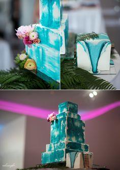 Amazing teal wedding cake by Adorn Cakes in Kansas City  Kansas City wedding photography - http://melissasigler.net