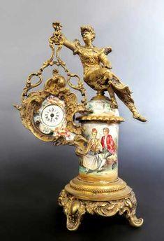 Austrian/Viennese Enamel on Bronze Figural Clock - Dec 2017 Antique Dresser Redo, Clock Antique, Mantel Clocks, Old Clocks, Vintage Clocks, Vintage Stuff, Faberge Jewelry, Unusual Clocks, Classic Clocks