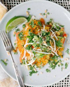 Spaghetti Squash Pad Thai | A Couple Cooks Easy Vegetarian Dinner, Vegetarian Recipes, Healthy Recipes, Vegetarian Spaghetti, Healthy Meals, Cooking Spaghetti, Baked Spaghetti, Asian Recipes, Whole Food Recipes