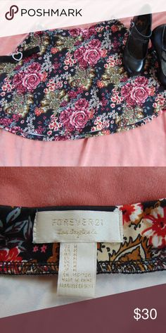 Cute Floral Skater Skirt Beautiful floral pattern skirt.Like new. Forever 21 Skirts Circle & Skater