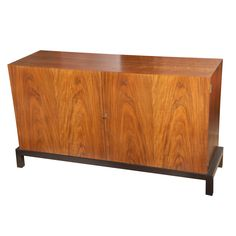 Elegant walnut buffet by T.H. Robsjohn- Gibbings