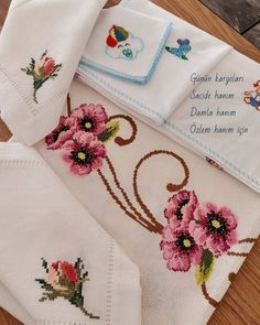 Bed Sheets, Cross Stitch Patterns, Cross Stitch Art, Cross Stitch Rose, Cross Stitch Embroidery, Trapper Keeper, Punto De Cruz, Dots, Bed Linens