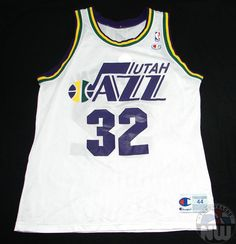 e92df314f Karl Malone  32 Utah Jazz Replica Jersey By Champion Size 44 Large Pit to