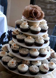 Cupcakes and Cardigans: Wedding Cupcakes - Cupcakes Wedding Cake Photos