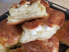 Ζουζουνομαγειρέματα: Τυρόπιτες πακετάκια με σπιτική σφολιάτα μαγιάς! French Toast, Food And Drink, Bread, Breakfast, Cakes, Breakfast Cafe, Breads, Baking, Buns