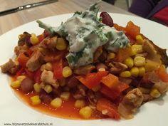 bijna net zo lekker als thuis: Zoete aardappel met chili con pollo (mexicaanse kip)