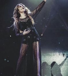Karol na nova turnê de sou luna pela Europa