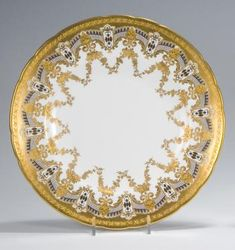 df195ed81f37 Royal Crown Derby Dinner Plate with Raised Paste Gold Royal Crown Derby