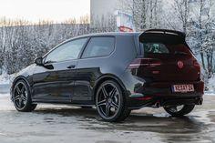 """Wat mij betreft is het zo jammer dat de Volkswagen Golf GTI inmiddels een """"petjes""""-imago heeft, want dat verdient het model eigenlijk helemaal niet. Zeg no"""