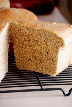 King Arthur Whole Wheat Bread -- makes one loaf.  2 1/2 teaspoon yeast  1 1/3 cups warm water 1/4 cup vegetable oil 1/4 cup honey Approximately 3 1/2 cups flour 1/4 cup powdered milk 1 1/4 teaspoon salt (1/4 cup flax meal)--this is not part of   the original recipe but if I have it I like to put it into the bread.