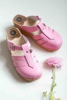 Pink Mary Jane clogs & ranunculus