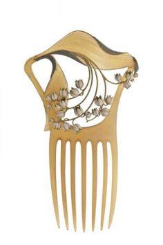 Lily of the Valley Hair Comb, Lalique - 1900 | Peigne Muguet | Centre de documentation des musées - Les Arts Décoratifs