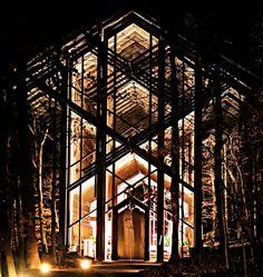 Thorncrown Chapel + eureka springs + frank Lloyd Wright