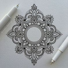 Mandala tattoos have been popular around the world for many years, and now its trend is getting higher and higher. mandala comes from Hinduism and Buddhism, and many people choose it as a tattoo design because it looks delicate and beautiful. Mandala Tattoo Design, Dotwork Tattoo Mandala, Tattoo Designs, Henna Mandala, Lotus Mandala, Mandala Sketch, Mandala Doodle, Small Mandala Tattoo, Tattoo Ideas