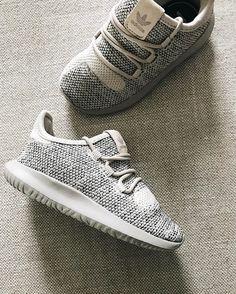 Mini Adidas Tubular