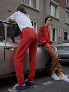 Using neutral, dull colours in an urban setting with bright coloured outfits. Moda Fashion, High Fashion, Streetwear, Gosha Rubchinskiy, Mode Editorials, Fashion Designer, Lookbook, Mode Inspiration, Mode Style