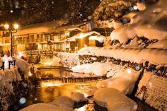 【東北】雪降る銀山温泉の町並みが美しすぎる
