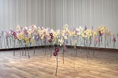 art installation Floating Garden of Embroidered Thread Drawings Brings Nature Indoors Floating Garden, Floating Flowers, Free Machine Embroidery, Embroidery Art, Water Soluble Fabric, Amanda, Colossal Art, Everyday Objects, Textile Artists