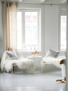 pinned by barefootstyling.com whites