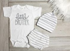 Baby boy newborn clothes winter home outfit 15 Ideas Newborn Boy Clothes, Newborn Outfits, Baby Boy Newborn, Baby Boy Outfits, Baby Baby, Baby Boy Themes, Baby Girl Quilts, New Baby Boys, Coming Home Outfit
