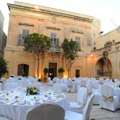 Beautiful wedding design in the cortyard of a maltese regal house - stunning in the summer months for an evening reception