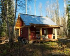 Weekend Fun: A post and beam cabin in the B.C. woods | Small House Bliss