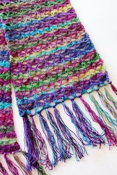 This is SO pretty! Free crochet pattern: Autumn Sunset Super Scarf by Pattern-Paradise.com