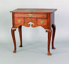 George II mahogany dressing table, ca. the rectangular top with rounded corners over a frame with three drawers supported by cabriole legs terminating in pad feet, H. x 28 W. Furniture Styles, Furniture Ideas, Round Corner, Dressing Table, Antique Furniture, 18th Century, Period, Drawers, Ann
