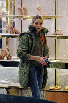 www.hawtcelebs.com wp-content uploads 2017 02 olivia-palermo-out-shopping-in-milan-02-25-2017_13.jpg