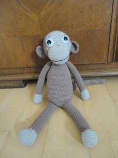 I wanna learn how to knit this cute monkey!