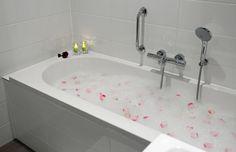 Het bad in een van de executive kamers van het Hampshire Hotel - Groningen Plaza.