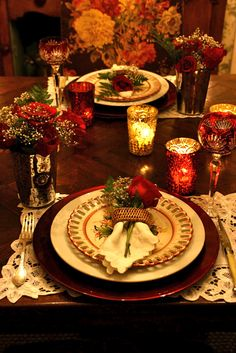 Dinner For Two Romantic Table Settings Romantic Dinner For Two, Romantic Table, Romantic Dinners, Romantic Night, Elegant Table, Christmas Table Settings, Christmas Tablescapes, Holiday Tablescape, Holiday Dinner