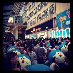 小那星那麼多人 #doraemon #100 #hongkong #tsimshatsui #harbourcity - @martopiggus- #webstagram