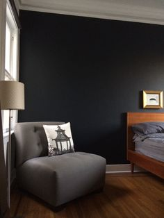 "Bedroom wall painted in Farrow&Ball ""Railings"""
