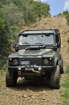 Land Rover Defender 110 Td5 Sw extreme adventure sports.