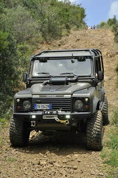Land Rover Defender 110 Td5 Sw extreme adventure sports.