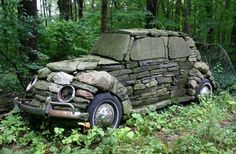 Is it a dry stone wall, a piece of garden art, or just a folly?Built in it. - - Is it a dry stone wall, a piece of garden art, or just a folly?Built in it really is a classic. Land Art, Art Pierre, Street Art, Vw Vintage, Vintage Stuff, Dry Stone, Stone Work, Picture Design, Belle Photo