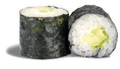 MAKI AVOCAT CHEESE  - rouleau de riz enroulé de nori et garni d'avocat et de fromage frais