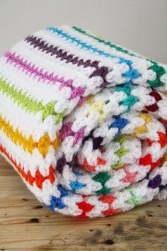 Crochet diamond stitch blanket, a tutorial - Happy in Red vnl haken.