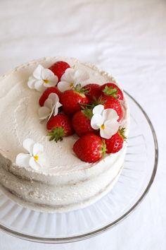 Strawberry Coconut Sponge Cake Recipe. Gluten-free & vegan deliciously moist sponge cake with coconut frosting and fresh strawberries.
