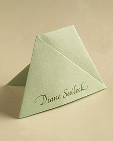 Get creative ideas for your wedding place cards, and guide guests to their seats in a unique way. Beach Wedding Favors, Bridal Shower Favors, Wedding Souvenir, Wedding Places, Wedding Place Cards, Gift Table, Menu Cards, Groomsman Gifts, Wedding Anniversary