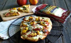 Peach Barbecue Pizza Pie @simplysated @sargentocheese #realcheesepeople