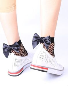 SHARE & Get it FREE | Fishnet Bowknot Embellished Anklet SocksFor Fashion Lovers only:80,000+ Items • New Arrivals Daily • Affordable Casual to Chic for Every Occasion Join Sammydress: Get YOUR $50 NOW!