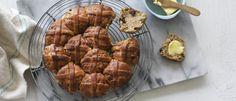 Hot Cross Scones :  3 ¼ cups self-raising flour  1 tsp cinnamon  1 ½ tsp mixed spice  ¾ cup raisins  1 cup (250mls) cream  1 cup (250mls) lemonade    Cinnamon Sugar Glaze:  ½ tsp cinnamon  1 Tbsp brown sugar  2 Tbsp milk